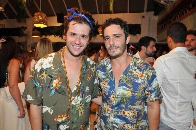 Gil Coelho e Thiago Rodrigues